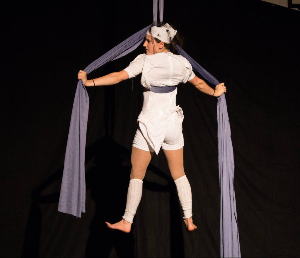 aerial silks act Berlin